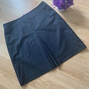 Banana Republic navy blue pencil skirt 12